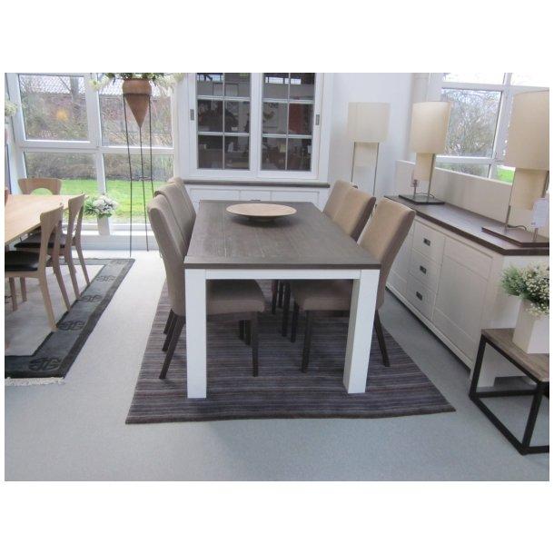 Deaumain Spisebord med 6 stole