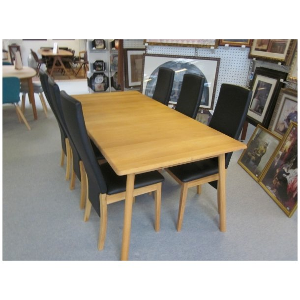 Capri Spisebord + 6 stole