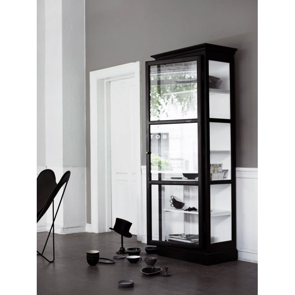 Lindebjerg Design vitrine Model V1